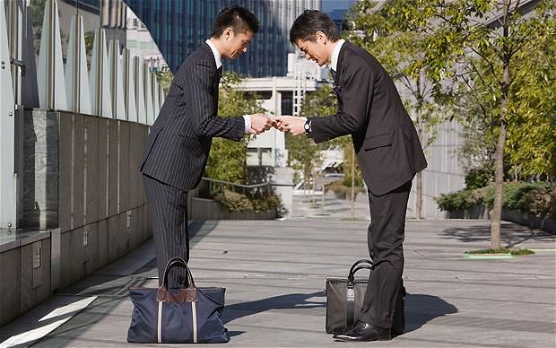 Japanse visitekaartje-etiquette Tips